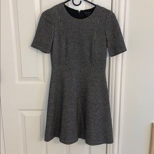 Theory wool dress size 2 like new